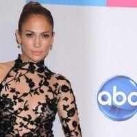 Jennifer Lopez : son tour virtuel dans le Bronx en Fiat 500 (VIDEO)