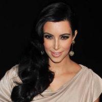Kim Kardashian célibataire et open : vous attendez quoi les mecs