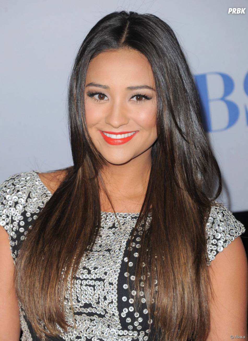 Shay Mitchell aux People Choice Awards 2012