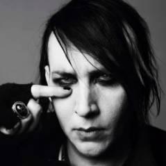 """Manson dans le magazine """"V"""""""