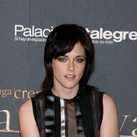 """Kristen Stewart nouvelle égérie du parfum Balenciaga : Bella devient une """"vraie"""" femme"""