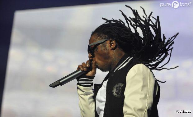 """Lil Wayne bouge ses cheveux dans les """"(h)airs"""""""
