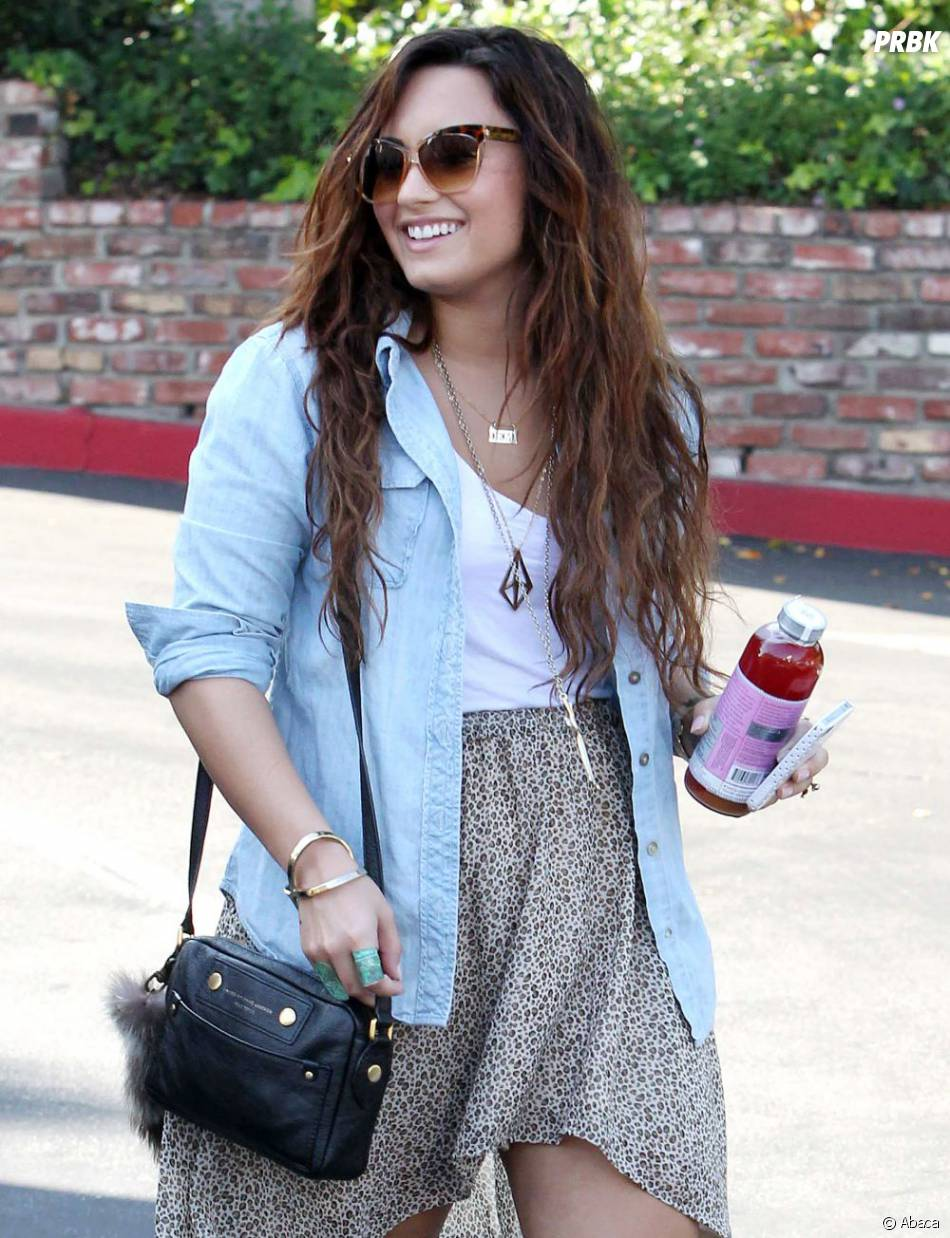 "Stay Strong  (""sois forte"" en français ndrl), le credo de Demi Lovato"