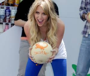 Hilary Duff la reine des grosses boules