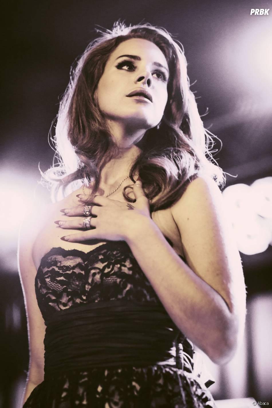 Lana Del Rey classe et splendide