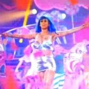 Katy Perry, le film : Un premier teaser sous forme de Firework ! (VIDEO)