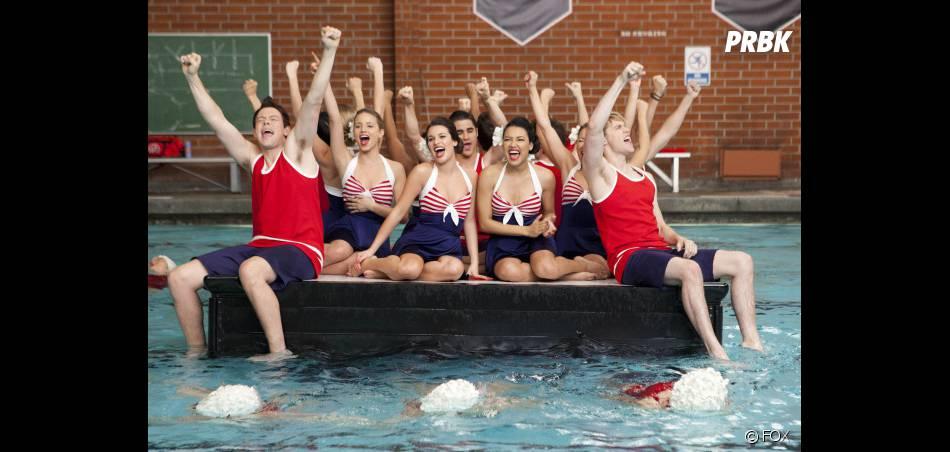 Le groupe de Glee façon natation