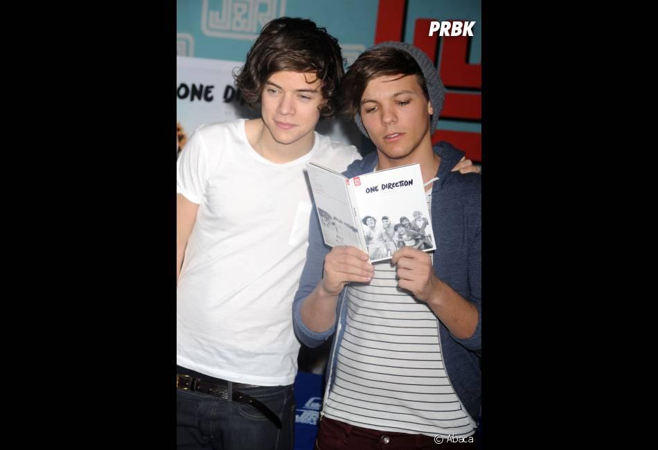 Louis se moque-t-il des tétons d'Harry ?