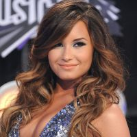 Demi Lovato lâche Niall Horan et déclare sa flamme à un loup-garou !