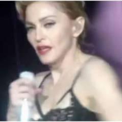 Madonna en mode exhib' : après son sein, place à ses fesses ! (VIDEO)