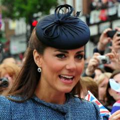Kate Middleton reine du recyclage : elle met deux fois les mêmes fringues ! (PHOTOS)