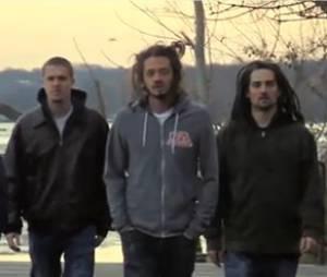 Les 5 membres du groupe SOJA