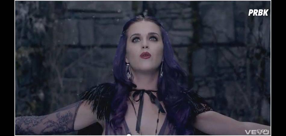 Katy Perry nous plonge dans un univers féerique !