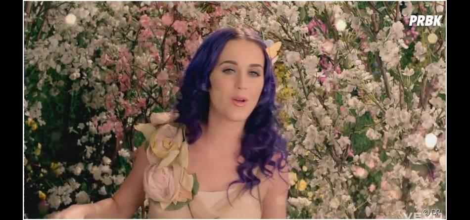 Katy Perry retrouve la lumière à la fin de son clip !