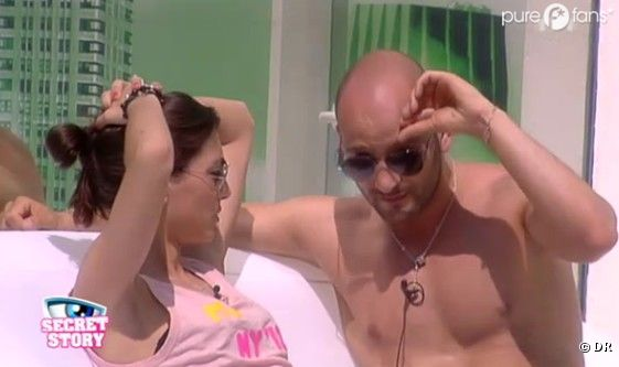 Caroline et Kevin auraient couché ensemble dans les toilettes de la Maison des Secrets !