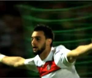 Des buts spectaculaires avec la star de Paris, Javier Patsore