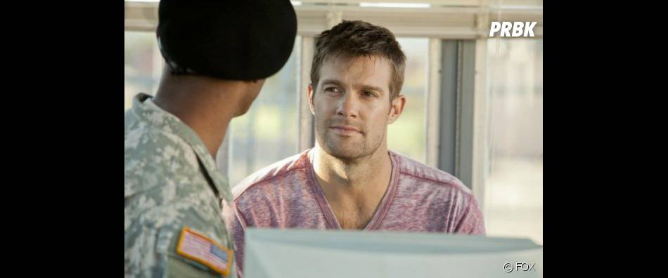 George Stults, héros de The Finder