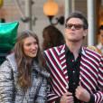 Cory Monteith et une jolie demoiselle en plein photoshoot