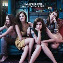Girls saison 2 : Retour anticipé en 2013 avec Liz de Roswell ! (SPOILER)