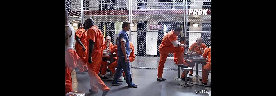 Simon Baker en prison dans Mentalist !