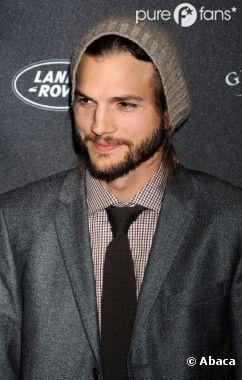 Ashton Kutcher toujours au sommet du podium des acteurs de séries les mieux payés !