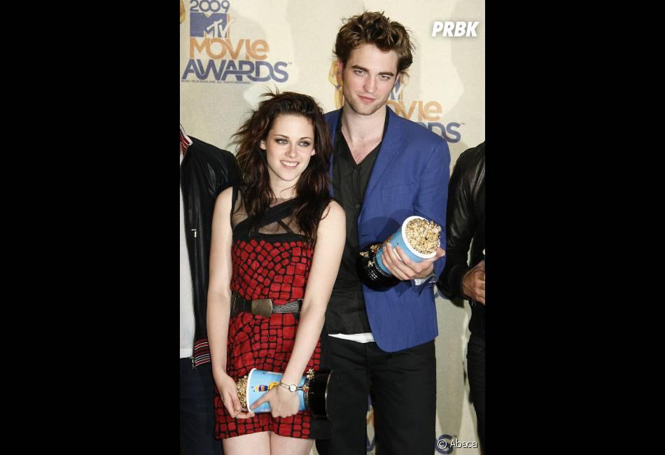 Robert Pattinson et Kristen Stewart inspirent les humoristes