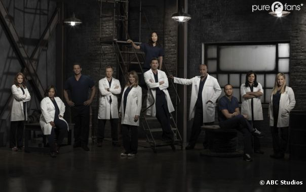 Enfin une nouvelle photo de groupe de Grey's Anatomy !
