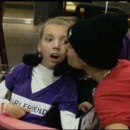 Justin Bieber toujours plus généreux et adorable avec ses fans, la preuve (VIDEO)