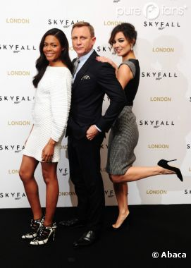 Daniel Craig et ses James Bond Girls lors d'un photoshoot pour Skyfall