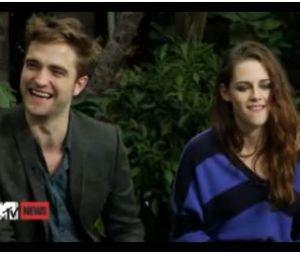 Robert Pattinson et Kristen Stewart répondent à MTV