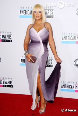 Christina Aguilera, transformée aux AMA 2012