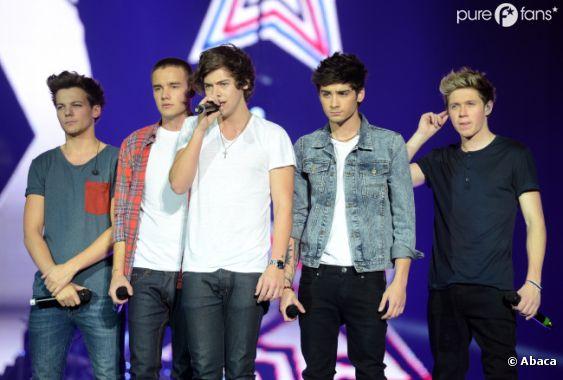 Les One Direction en concert pour le Jingle Ball à Londres le 8 décembre 2012