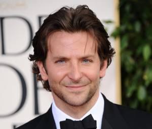 Bradley Cooper hot aux Golden Globes 2013