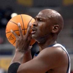 Michael Jordan : Ses 50 ans fêtés sur le parquet des Bobcats ?