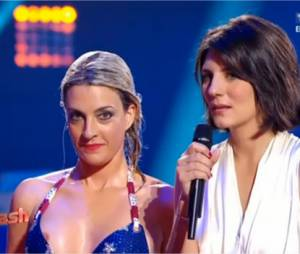 Attention Eve Angeli, on voit ton téton dans Splash