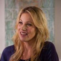 Up All Night saison 2 - Christina Applegate quitte la série : trop de changements