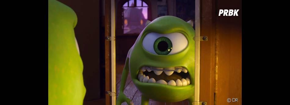 Bob tente de faire peur dans Monstres Academy