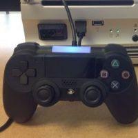 """PS4 : la manette dévoilée avec une """"photo fuite"""" ?"""