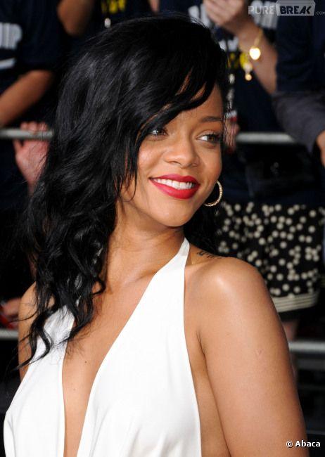 La police a trouvé de la drogue dans l'un des bus de tournée de Rihanna