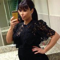 Kim Kardashian enceinte : elle assume ENFIN ses formes