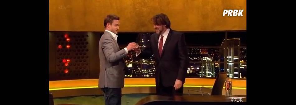 Justin Timberlake enchaîne les shots de tequila à la télévision anglaise