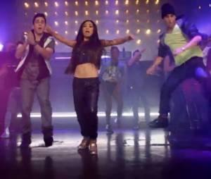 Jessica Sanchez s'est mise à la danse pour le clip de son 1er single Tonight