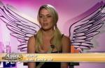 Les Anges de la télé-réalité 5 : Capucine, Vanessa et Marie en bikini pour une séance de catch