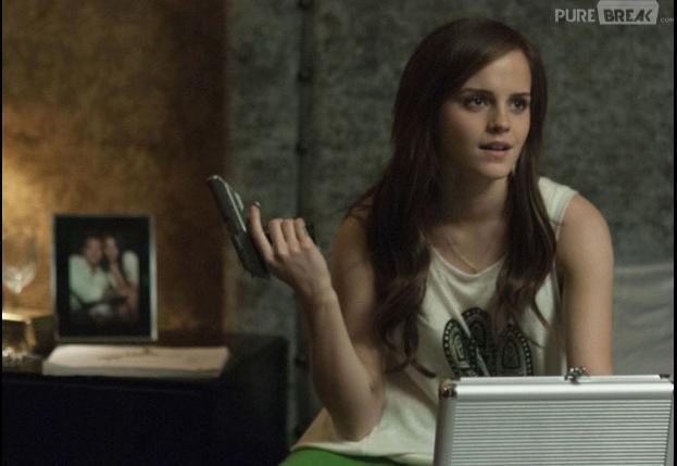 Emma Watson troque sa baquette contre un pistolet