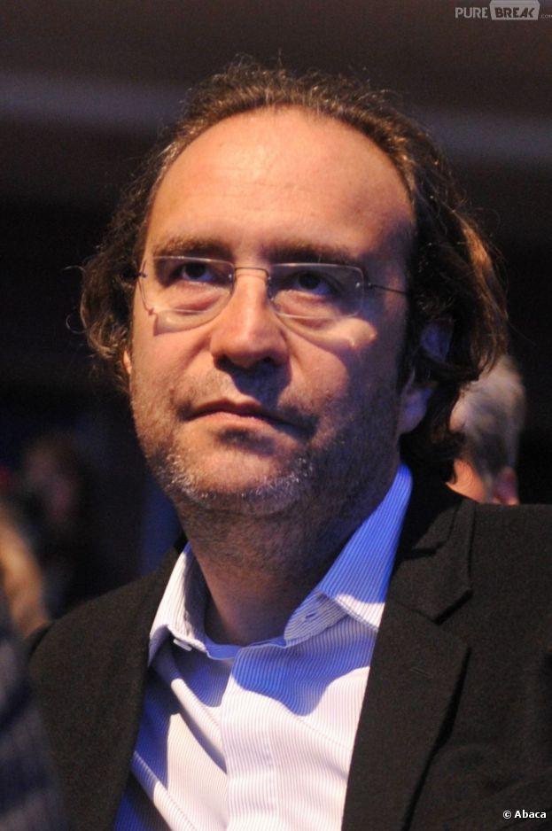 Xavier niel promet une 4g r volutionnaire for Piscine xavier niel