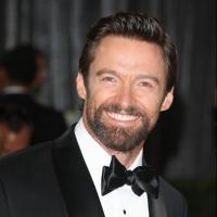 """Hugh Jackman attaqué au rasoir par une groupie : """"je n'aimais plus sa barbe"""""""