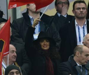 Salma Hayek, une supportrice au drapeau