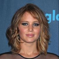 """Jennifer Lawrence célibataire : Nicholas Hoult balance - """"Nous sommes amis"""""""