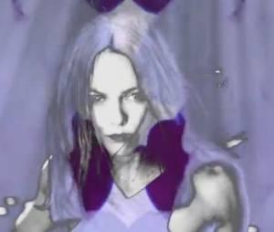 Vanessa Paradis dans son clip psychédélique de Love Song.