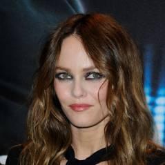 """Vanessa Paradis : Johnny Depp et sa fille l'ont aidée pour ses """"Love Songs"""""""